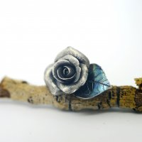 Rose & Gem Embellished Metal Clay Totem with Corina Gheorghe at CraftCast.com