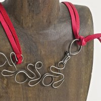 how to make steel wire and leather jewelry and work with a jig