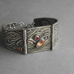 Learn the Art of Stone Setting in Metal Clay with Jeanette Landenwitch